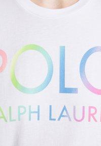 Polo Ralph Lauren - T-shirts med print - white - 5