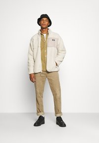 Dickies - CHUTE - Veste polaire - light taupe - 1