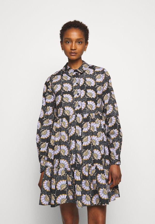 RICATA - Sukienka koszulowa - fonce