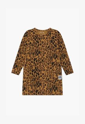 BASIC LEOPARD  - Žerzejové šaty - beige