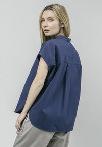 Brava Fabrics - CRANE FOR LUCK ESSENTIAL - Bluzka - blue - 2