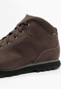 Scarpa - MOJITO BASIC GTX - Scarpa da hiking - brown - 5