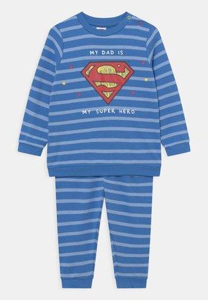 BOY SUPERMAN - Nachtwäsche Set - campanula