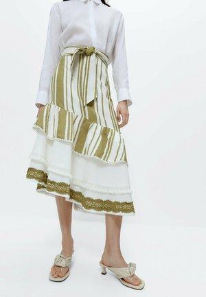 MIT VOLANTS - A-line skirt - white