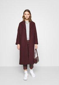 ONLY - ONLJOYCE O-NECK  - Sweatshirt - light grey melange - 1