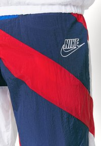 Nike Performance - THROWBACK  - Chándal - blue void/white/university red/game royal - 8