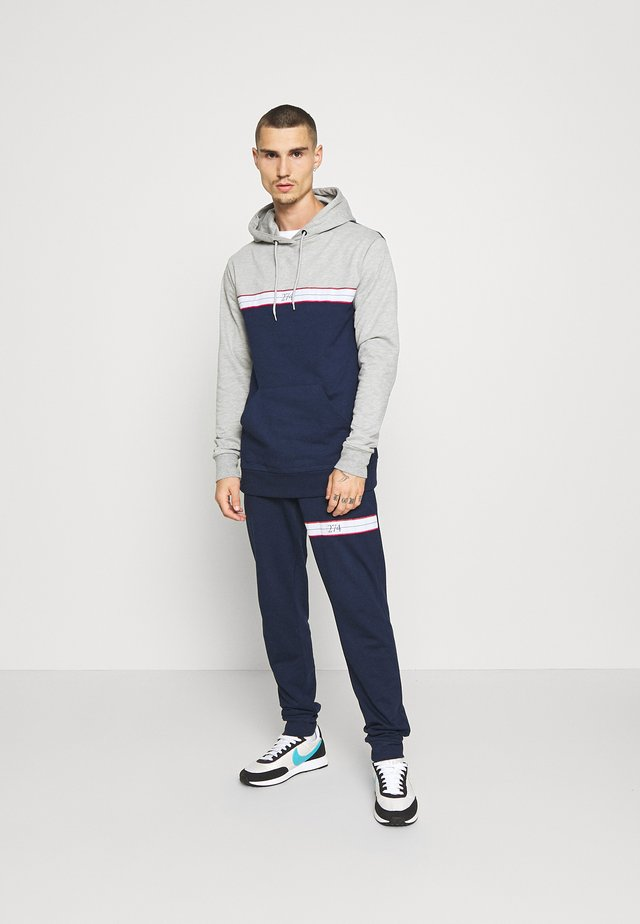 WINDSOR TRACKSUIT - Dres - grey marl