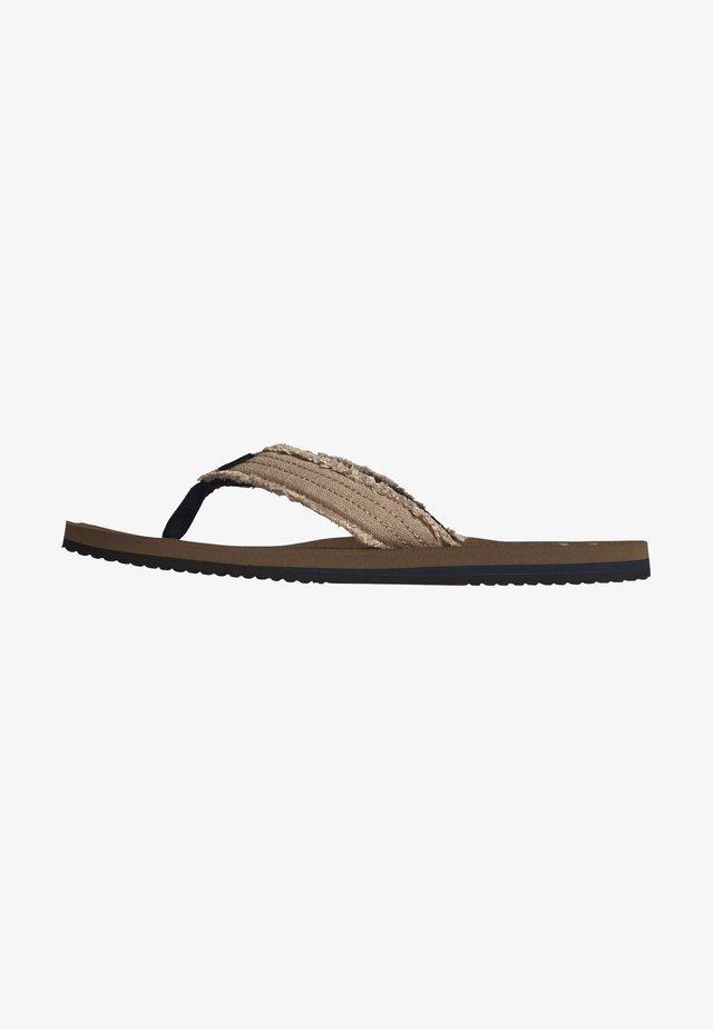 T-bar sandals - gravel