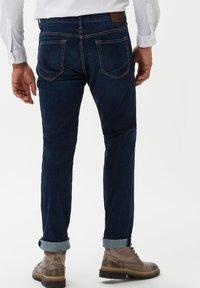 BRAX - STYLE CHUCK - Slim fit jeans - stone blue - 2