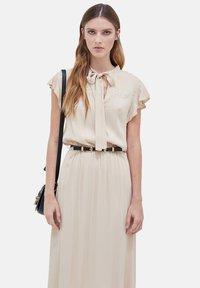 Motivi - STILE WESTERN - Day dress - beige - 0