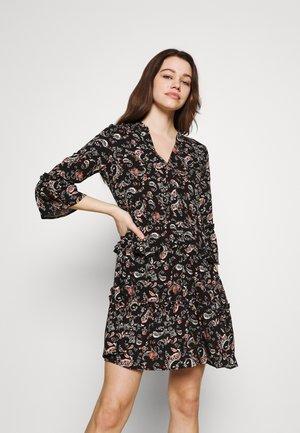 VMSIMPLY EASY SHORT DRESS - Denní šaty - black