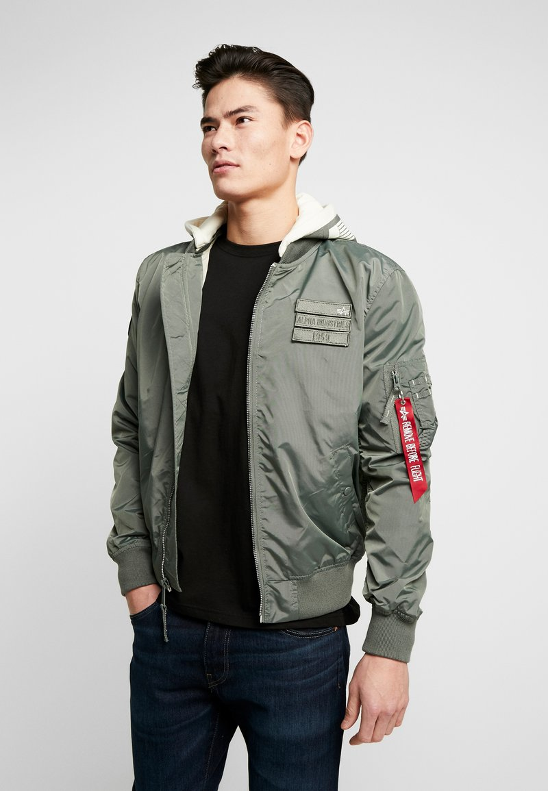 Alpha Industries - HOOD CUSTOM - Bomberjacks - vintage green