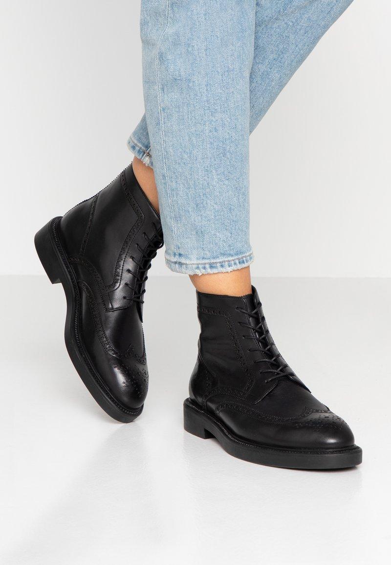 Vagabond - ALEX - Ankelstøvler - black