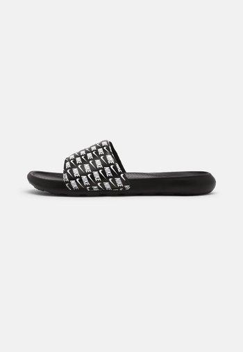 VICTORI ONE SLIDE PRINT - Pantofle - black/white