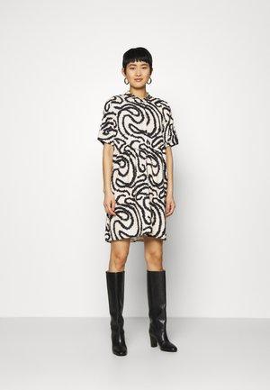 SLFMARILYN VIOLA DRESS  - Korte jurk - sandshell/black