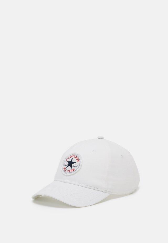 CHUCK PATCH CURVED BRIM  - Cap - white