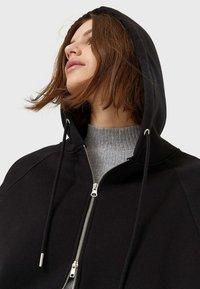 Stradivarius - Zip-up hoodie - black - 3