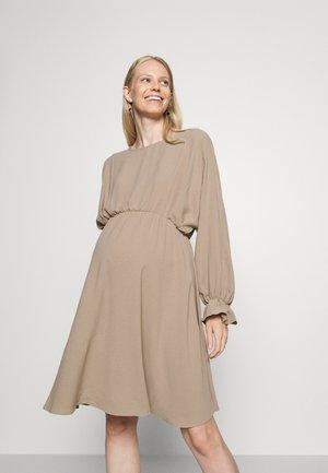 PCMFLORE O NECK DRESS - Sukienka letnia - silver mink