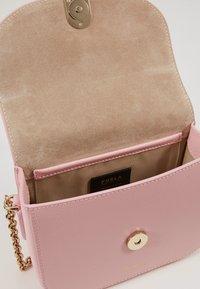 Furla - MINI BODY - Across body bag - rosa chiaro - 4