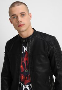Only & Sons - ONSSACHO - Faux leather jacket - black - 3