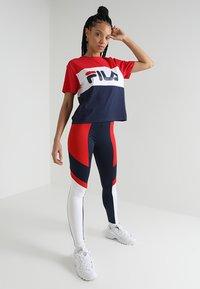 Fila - ALLISON - Print T-shirt - black iris/true red/bright white - 1