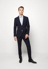 Ben Sherman Tailoring - STRUCTURE SUIT - Kostuum - navy - 1