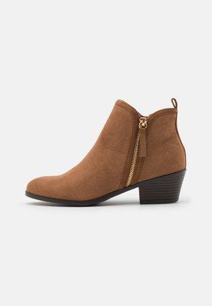 BELLA SIDE ZIP  - Ankle boots - tan