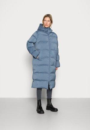 SERA COAT  - Zimní kabát - china blue