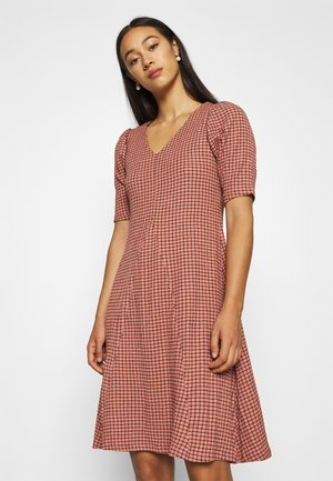 BYSOLTI DRESS - Day dress - canyon rose