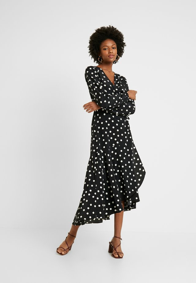 MONO SPOT WRAP MIDI DRESS - Maxikjole - black