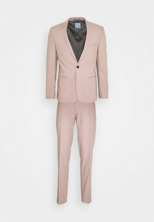 GOTHENBURG SUIT - Completo - pink