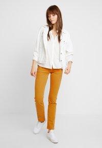 Pepe Jeans - VENUS - Trousers - stretch sateen (smu) - 1