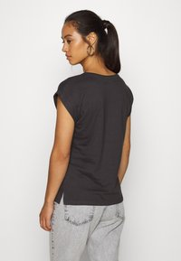 Dedicated - VISBY KATE MOSS - Print T-shirt - charcoal - 2