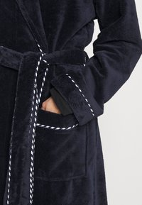Calida - AFTER SHOWER - Dressing gown - dark lapis blue - 4