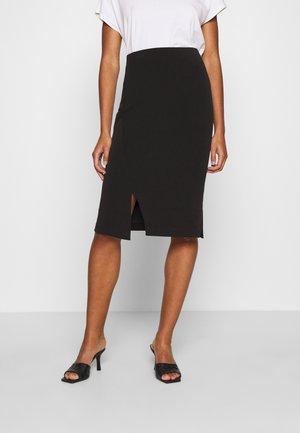 SLFTENNY - Pouzdrová sukně - black