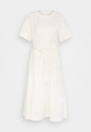 WRAPPED WAIST TIE DAY TSHIRT DRESS - Robe d'été - offwhite