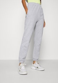 Missguided - BASIC JOGGERS 2 PACK - Tracksuit bottoms - pink/grey - 4