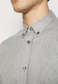 Filippa K - M. LEWIS - Košile - grey melange - 4