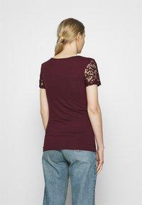 Anna Field - Print T-shirt - winetasting - 2