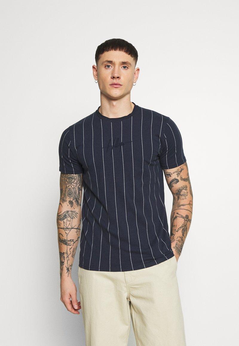 Hollister Co. - SCRIPT LOGO  - Camiseta estampada - navy stripe