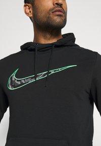 Nike Performance - DRY - Felpa con cappuccio - black - 4