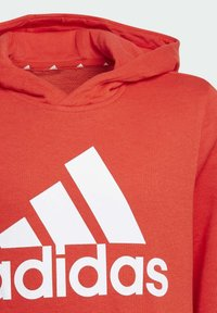 adidas Performance - ADIDAS ESSENTIALS HOODIE - Jersey con capucha - red - 2