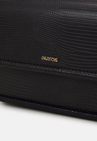 PARFOIS - CROSSBODY BAG - Across body bag - black - 4