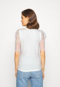 Vero Moda - VMPANDA  - Print T-shirt - snow white - 2