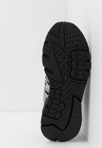 adidas Originals - NITE JOGGER - Matalavartiset tennarit - core black - 5