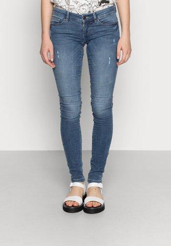 ONLCORAL  - Jeansy Skinny Fit - medium blue denim