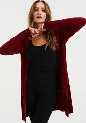 Vest - red