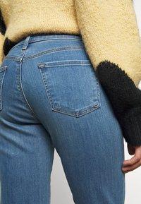 J Brand - ADELE  - Straight leg jeans - earthen - 4