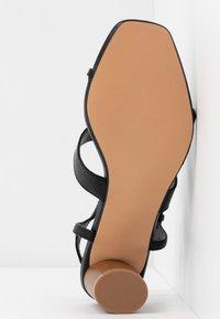 Topshop Wide Fit - WIDE FIT DITA STRAP - Sandals - black - 6