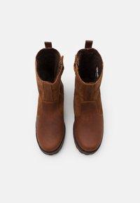 Timberland - COURMA KID WARM LINED UNISEX - Kotníkové boty - glazed ginger - 3